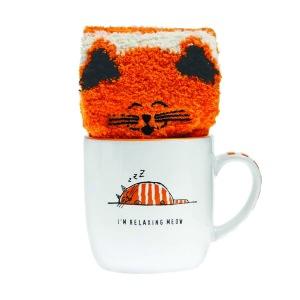 80752 Sock-in-Mug-Relaxing-Cat-gift-17-16_REV